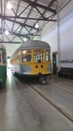 Connecticut Trolley Museum: Tram or trolleybus