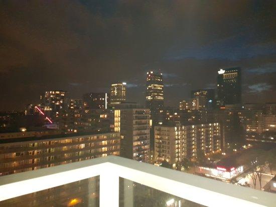Urban Residences Rotterdam: 20170727_225457_large.jpg