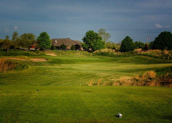 Waterloo, IL: Hole #7 - Par 3 - 138 yards