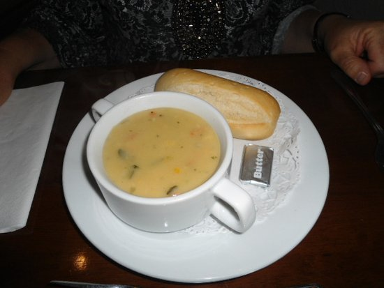Broughton Craggs Hotel: SOUP STARTER