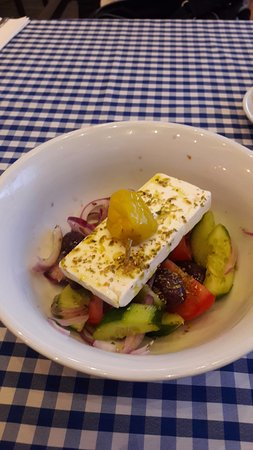 Akropolis, Restauracja Tawerna Grecka: Sałatka grecka