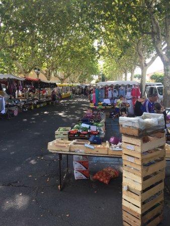 Marché de Sérignan