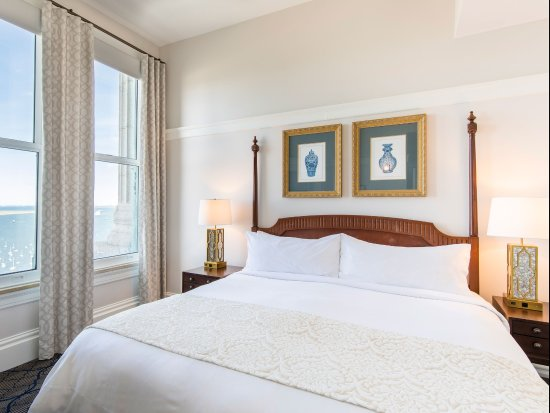 Marriott Vacation Club Pulse at Custom House, Boston Hotel