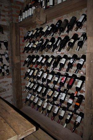 Cava de vinos de san pedro picture of el cielo ecohostel - Cavas de vinos para casa ...