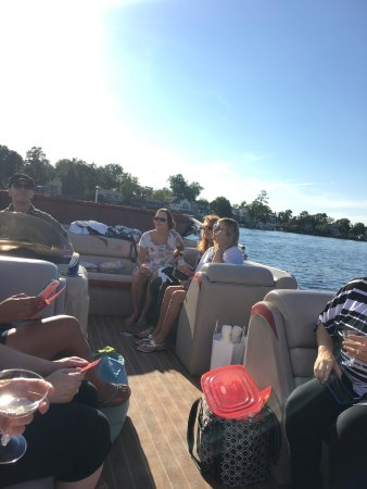 Lake Orion, MI: Just a little preview of the tour with our AMAZING guide RIVA