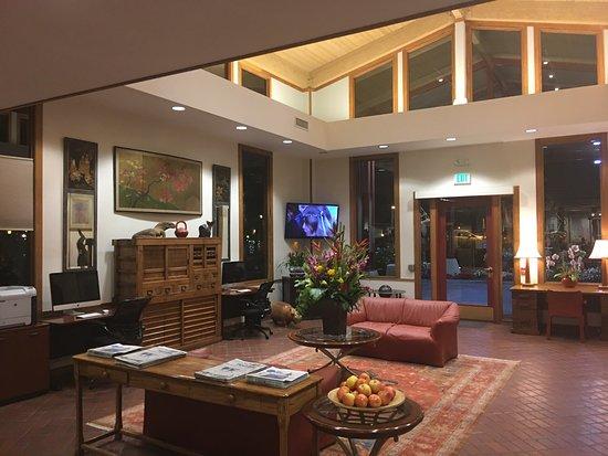 Photo1 Jpg Picture Of Dinah S Garden Hotel Palo Alto Tripadvisor