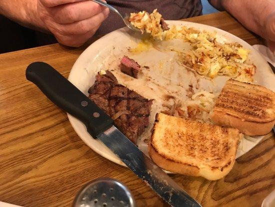 Lone Spur Cafe: photo1.jpg