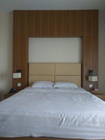 neeshorgo-hotel-resort.jpg