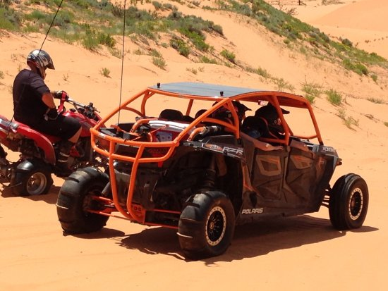 Coral Pink Sand Dunes State Park: Quads and RZRs are fun