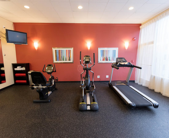 Gym at the Ramada Chatsworth