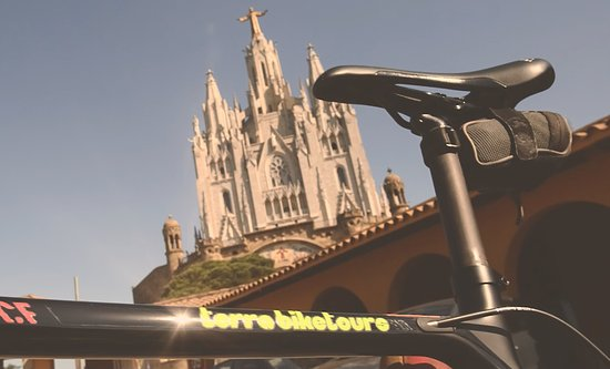 Terra BikeTours: Rent a Carbon Road Bike to climb Tibidabo