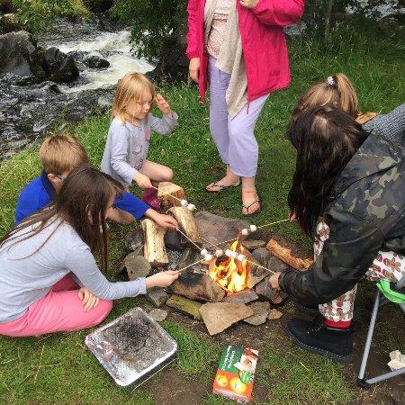 Cloud Farm Camping: Camp fire