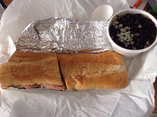 มัลเบอร์รี, ฟลอริด้า: el america w/black beans, rice, onions