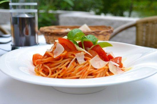 Homburg, Germany: Spaghetti Napoli