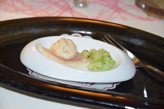 Restaurant Eisenhut : geräucherte Forelle mit Forellen-Mousse und Wasabi-Gurken... lecker