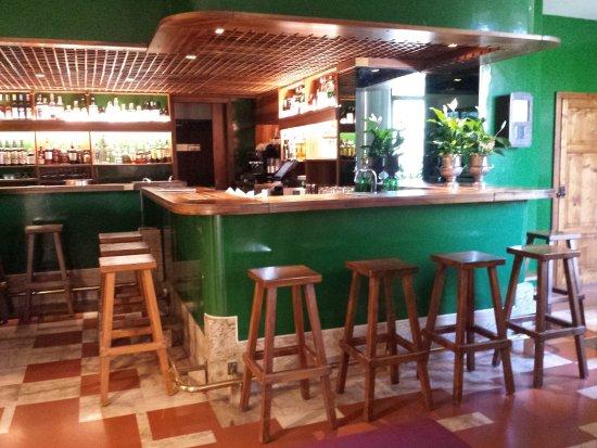 Lo storico bar del posta marcucci picture of albergo - Bagno vignoni hotel posta marcucci ...