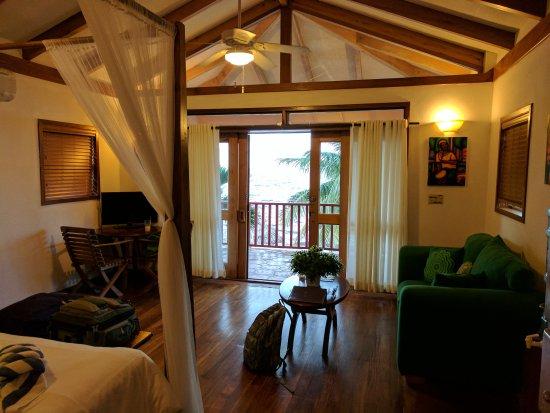 Belizean Dreams Resort: IMG_20170710_192022_large.jpg