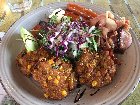 Howick, New Zealand: Corn fritters