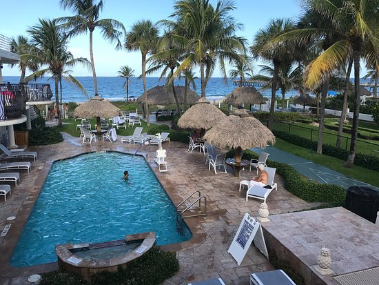 High Noon Beach Resort: photo0.jpg