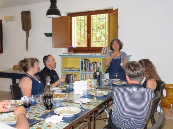 In Campagna Cooking Classes: The cooking lesson continues