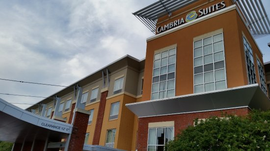 Cambria hotel & suites Raleigh-Durham Airport: Front of Hotel #2
