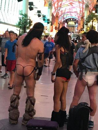 Nevada Auto Sound >> photo0.jpg - Picture of Fremont Street Experience, Las Vegas - TripAdvisor