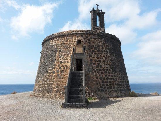 Torre del Aguila (Castillo de Las Coloradas)