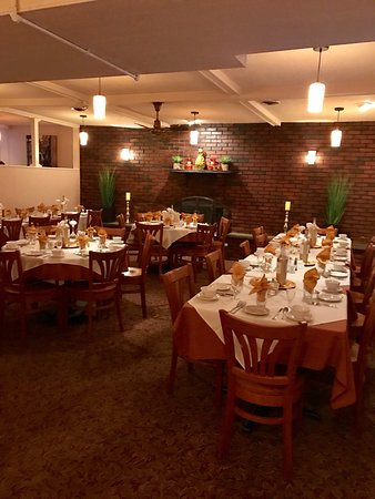 Greenville, โรดไอแลนด์: Two dining rooms are available to host your functions. Banquet menu is available on our website.