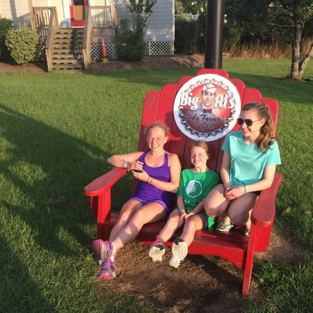 Big Al's Restaurant and Grill: Photo opp