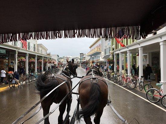 Arrowhead Carriages : photo1.jpg