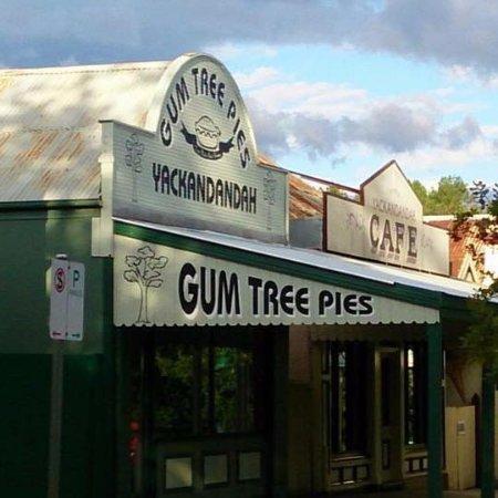Gum Tree Pies Yackandandah