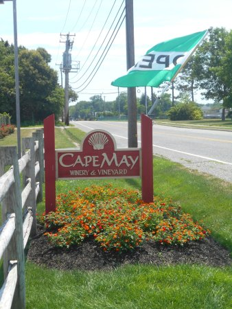 Cape May Winery: Winery Sign