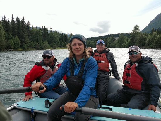 Alaska River Adventures - Day Tours: Our Tour Guide Hannah, she Rocked!!!!!! 5 Stars!!!!!