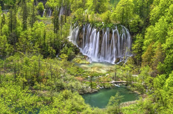 Plitvice Lakes National Park Day Trip...