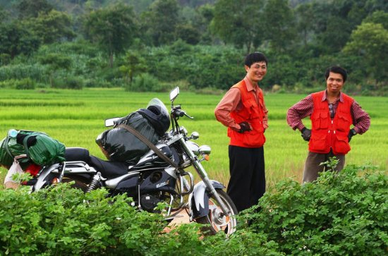 Full-Day Motorcycle Tour of Silk...
