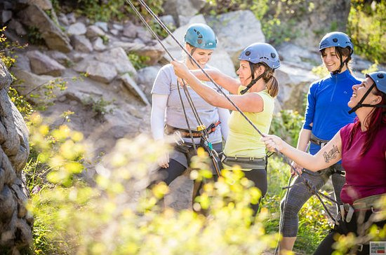 Rock Climb in Okanagan: 4-Hour...