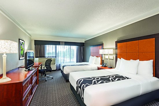 La Quinta Inn Suites New Orleans Airport Updated 2017 Prices Hotel Reviews Kenner