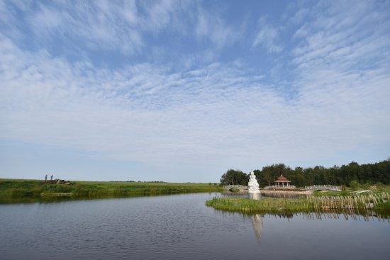 Westlock, Canada: Fresh air near the lake!