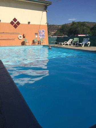 Yreka, CA: Pool on a hot day