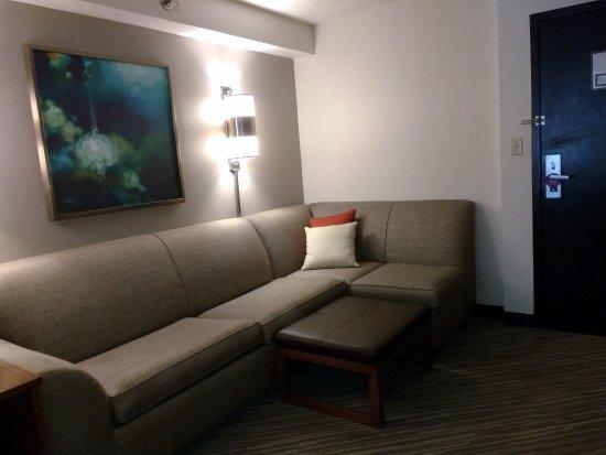 Hyatt Place Nashville/Brentwood: King room living area