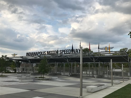 Indianapolis motor speedway picture of indianapolis for Indianapolis motor speedway museum
