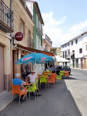 La Vall de Laguar, Spanien: På det lilla torget i Campell
