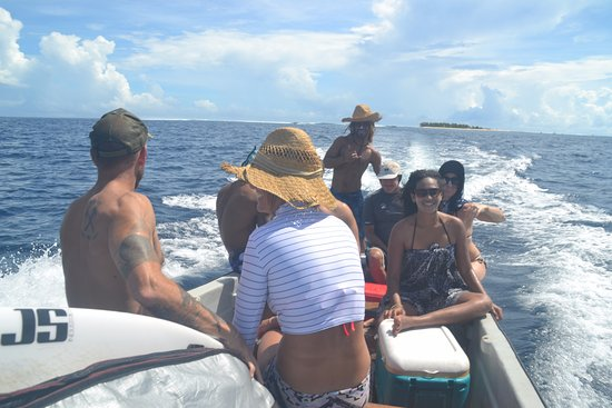 Rendezvous Surf Camp Fiji: Boat Trip