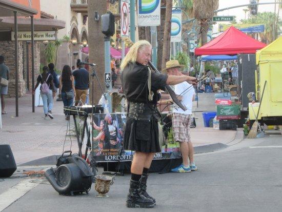 Palm Springs Thursday Street Fair Food