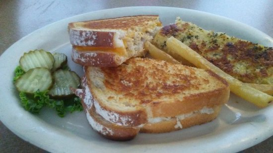 Depoe Bay, OR: Grilled turkey and cheese and The fish and fries comes with cup of chowder and bread