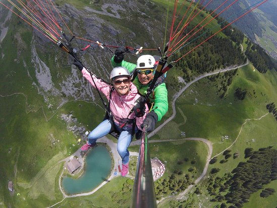 Flybypara Paragliding