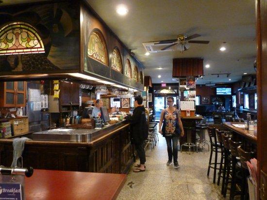 The Rex Hotel: il pub