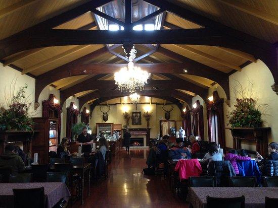 Larnach Castle & Gardens: The banquet