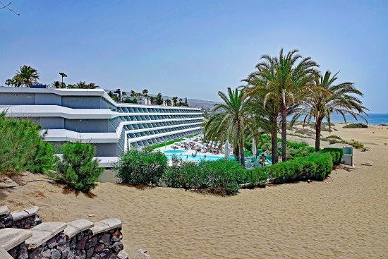 Santa Mónica Suites Hotel: Aussicht auf Hotel Santa Monica & Strand