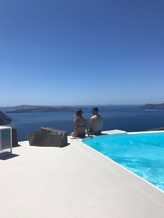 Aenaon Villas: Sitting in euphoria by the pool